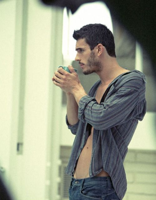 sexy_boy_drinking_coffee